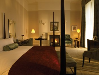 Bath Spa hotel interior