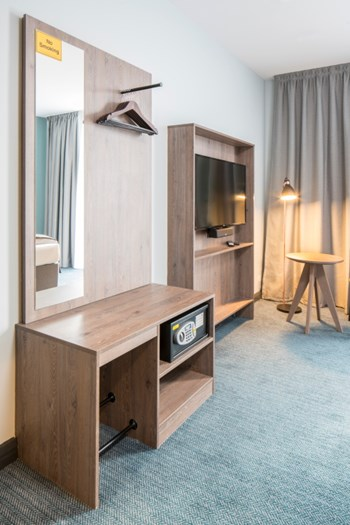niu Loom TV panel, open wardrobe with integrated mirror and shelving unit
