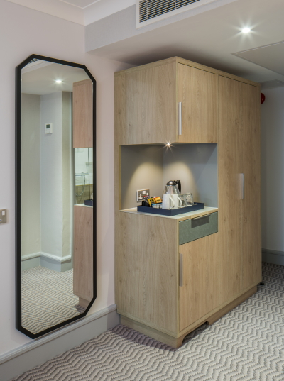 Octagonal mirror, wardrobe with integrated TCMF