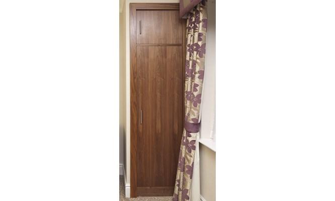 Bespoke single fitted wardrobe